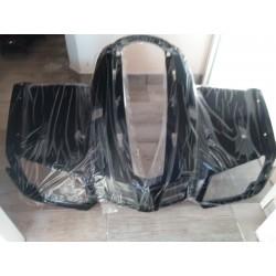 Přední plast černý